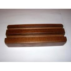 Дерев'яна підставка під планшет, смартфон, або електронну книгу (фарбування під горіх)